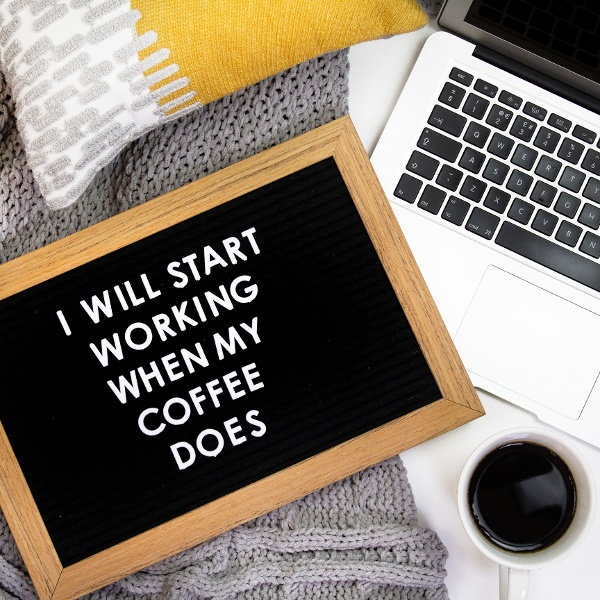 home-working-coffee-start-routine